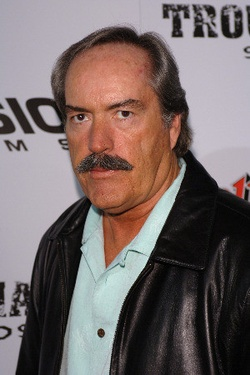 Plakat: Powers Boothe
