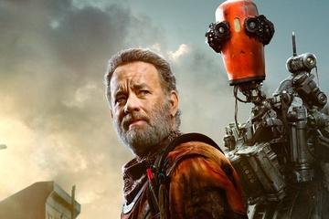 """Tom Hanks robi wszystko, aby ochronić swojego psiego przyjaciela w zwiastunie """"Finch"""""""