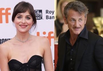 """Dakota Johnson i Sean Penn gwiazdami komediodramatu współtwórczyni serialu """"To nie jest OK"""""""