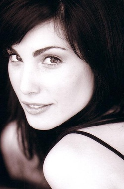 Plakat: Carly Pope